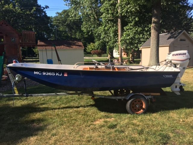 13 Ft Boston Whaler - Fully Restored - 30 hp eTec With Trailer