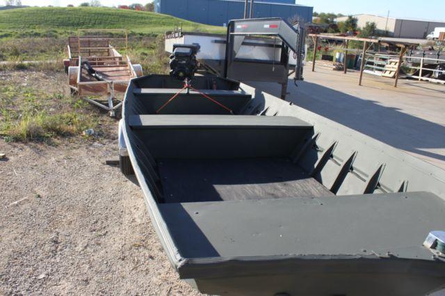 18 Ft Alumacraft Jon Boat Duck Boat With 23 Hp Mudbuddy