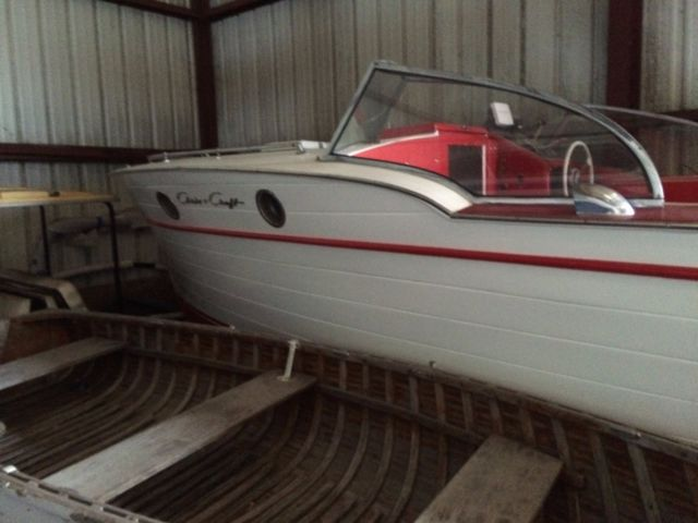 1947 Chris Craft Red and White Express 25 - Chris Craft Red