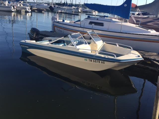 Knoxville Used Cars >> 1977 Glastron sportster tri hull garage kept 85hp mercury ...
