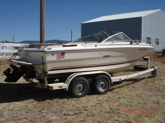 1982 SEA RAY 19' BOWRIDER w/ MERCRUISER 260 & 350 V-8 - Sea