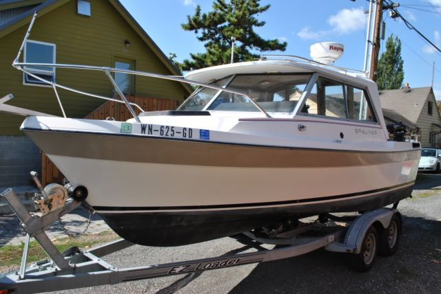 1984 Bayliner Trophy Explorer 2070 With Alaskan Bulkhead