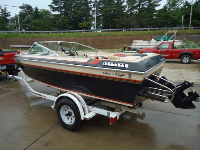 all-for-boats com - 1981 Chris Craft Scorpion 312 with