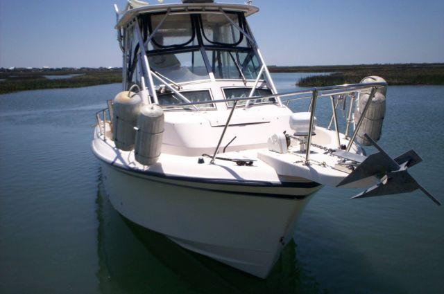1999 Grady White 272 Sailfish W/ triple axle trailer - Grady