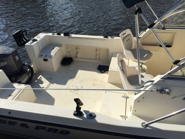 1999 Sea Pro 210wa 21 Foot Fishing Boat With Trailer