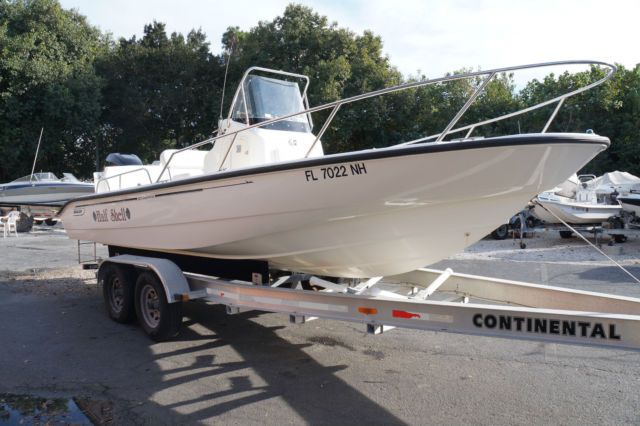 2006 Boston Whaler 22 Dauntless Center Console with 2007