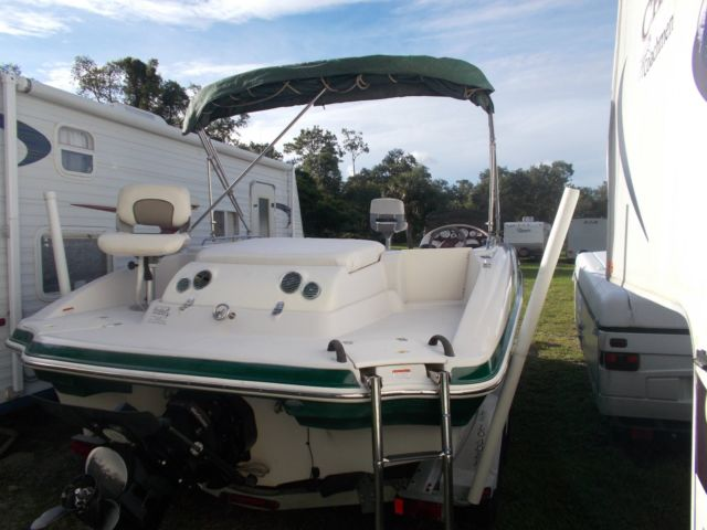 2006 TAHOE DECK BOAT MERC I/O ONE OWNER - Tahoe 2006 for sale