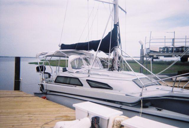 2008 Telestar 28' Performance Cruising Trimaran Sail Boat