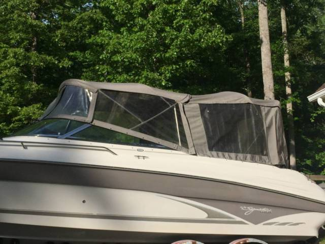 98 Sea Ray Sundeck 260 bowrider with trailer - Sea Ray