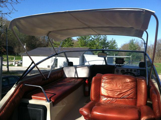 Bayliner Saratoga Cabin Cruiser PrevNext