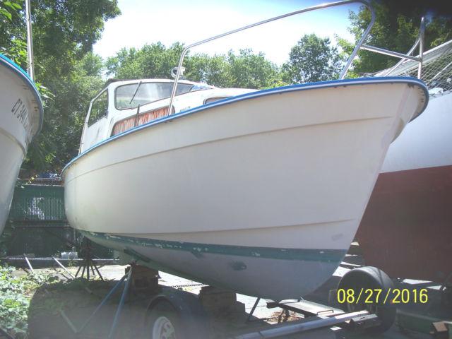 albin 25 trawler pocket cruiser trailerable1971 model in ct with