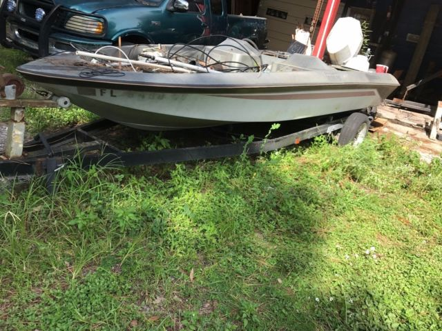 Bass Tracker boat motor & Trailer No Reserve with Chrysler outboard No title