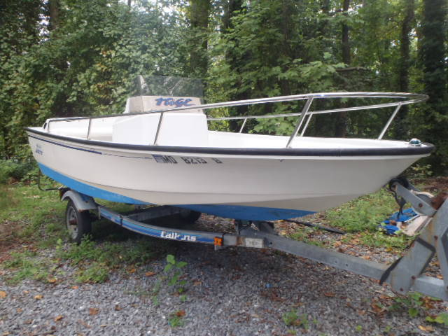 Boston whaler rage awesome boat yamaha power trailer and for Yamaha boat cover