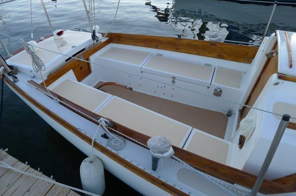 Cape Dory 25' Sailboat - Cape Dory 1975 for sale