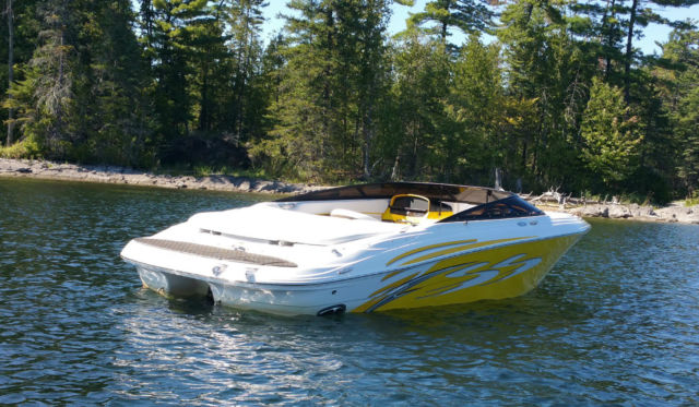 Four Winns H200 Ss Signature Series Yellow And White Boat