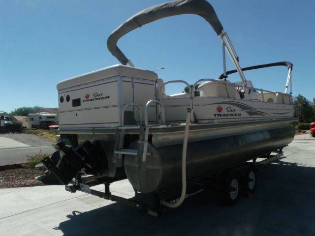 Sun Tracker 25 Regency Edition Tritoon Pontoon Inboard 4 3