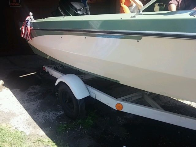 Vintage 1967 Glastron Crestline Supersport V 174 Boat With