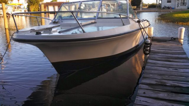 Wellcraft V20 Fishing Runabout 20 Ft Wellcraft V20 Step